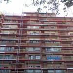 fachada_con_montacargas